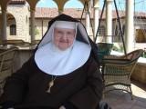 Madre Angélica deja este mundo.