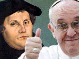 """Francisco: """"Lutero puso la Biblia en manos del pueblo"""""""